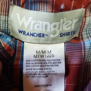 Wrangler Shirts - Wrangler mens button down. Like new